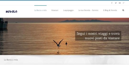 Realizzazione blog barca a vela in mare al tramonto